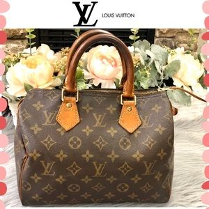 Authentic Louis Vuitton Monogram Speedy bag